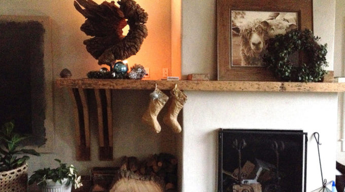 Take A Tour Through Laura's Holiday Decor